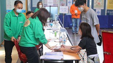 新冠疫苗|今3萬人打針按日跌四成 15人周日打針後副作用入院