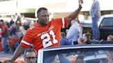 Barry Sanders to be inducted into OSU Ring of Honor; will become first OSU player with a statue
