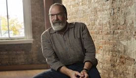 The Theater Granted Mandy Patinkin an Escape From Reality