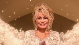 Dolly Parton & Christine Baranski's Duet In Their Netflix Xmas Movie Is Pure Joy