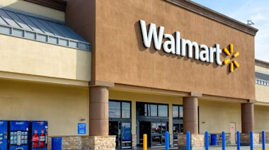 Here Are Walmart's Hours on Christmas Day in 2020