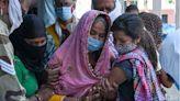 回印度參加葬禮被困 一家四口絕望呼救(圖) - - 社区新闻
