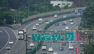 國慶日國道15路段易塞 國5雙向高乘載