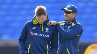 Australia batsman Smith out of Ashes test with concussion