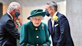 Qué se sabe de la salud de la reina Isabel II y los motivos de su internación por una noche