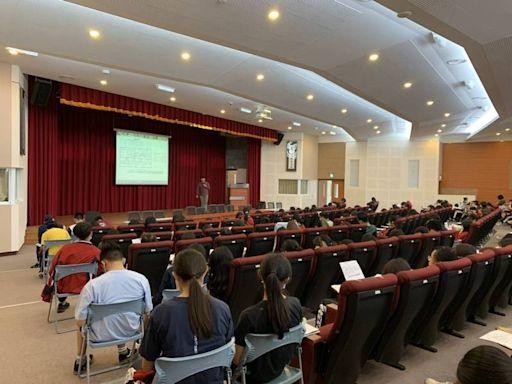 學測數學大卡關 高中教師曝個人申請志願爆「退縮潮」