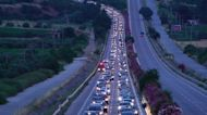 Huge traffic jam in Greece as thousands of tourists and locals return from weekend vocations in Halkidiki beaches