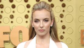 Killing Eve's Jodie Comer Dedicates First Emmy Win to Her Parents for This Hilarious Reason - E! Online