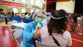 不捨接種站醫護熱到爆 台中人送冷水扇、綠豆湯消暑   蘋果新聞網   蘋果日報