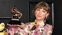 Taylor Swift Thanks Boyfriend Joe Alwyn & Pals Blake Lively & Ryan Reynolds In Grammys Speech