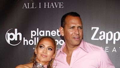 Jennifer Lopez & Alex Rodriguez Breakup Rumors Are Swirling Again After Latest Instagram Photos