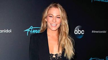 "LeAnn Rimes Looks Back on ""Freeing"" Coyote Ugly Role 20 Years Later"