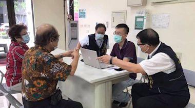 協助長輩預約接種疫苗 台中太平、大里設服務櫃台