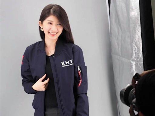 藍5發言人戰隊成形「最美主持人」李明璇、張斯綱入列
