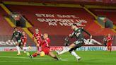 英超雙紅會 0:0守和利物浦 曼聯12輪不敗力保榜首   蘋果日報