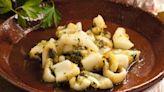 Sepia al ajillo: cómo preparar el plato que llevó a Gastón Dalmau a la final de MasterChef Celebrity
