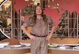 "Comedian Jenny Slate, Battle of the Bites: Chicago Pizza Edition, ""Grey's Anatomy"" star Jake Borelli"