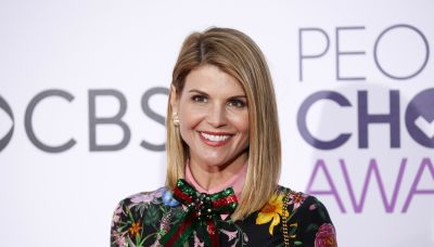 Watch Lori Loughlin in her first acting role since college admissions scandal