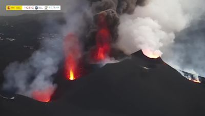Drone Footage Captures Four Active Vents at La Palma Volcano