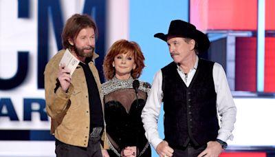 Brooks & Dunn, Reba McEntire to End Las Vegas Residency