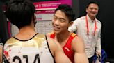 Hu wins horizontal bar, Uchimura shines at gymnastics worlds