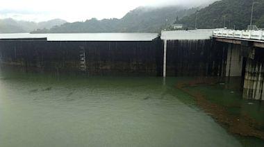 距滿水位不到30公分 睽違許久曾文水庫今中午洩洪