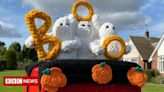 Farnsfield Halloween postbox topper earns rave reviews on social media