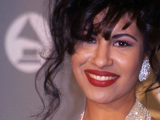 Selena Quintanilla Was Shot By The President Of Her Fan Club In A Hotel Room
