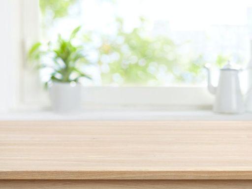 《囤物族的不丟東西整理術》:能不能守住「餐桌」這道防線,是家裡日後會不會復亂的關鍵 - The News Lens 關鍵評論網