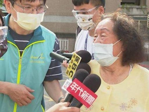打疫苗先走200公尺斜坡 林書豪94歲阿嬤:動線有點不方便