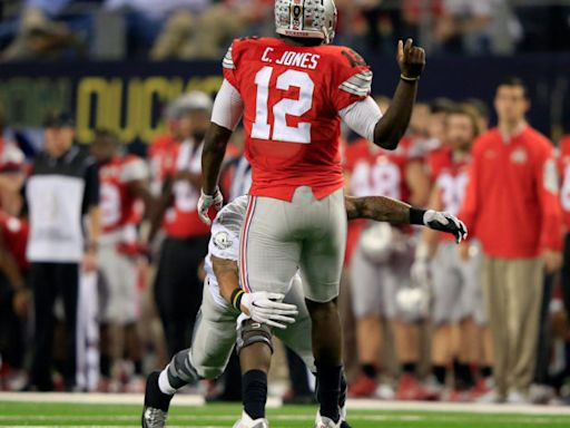Look: Former Buckeyes Star Has Blunt Message For Kerry Coombs