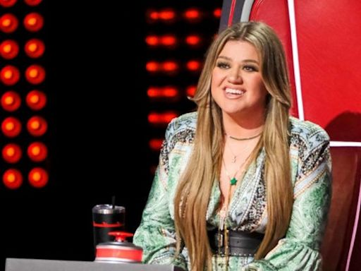 Kelly Clarkson Makes 8 Figures on 'The Voice'—Here's How Her Salary Compares to Other Coaches