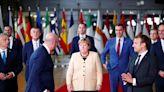 梅克爾最後一場歐盟峰會 領袖致敬、歐巴馬錄影片歡送