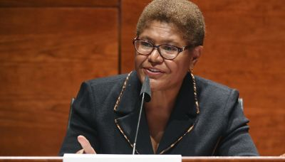 Rep. Karen Bass plans to run for Los Angeles mayor next year