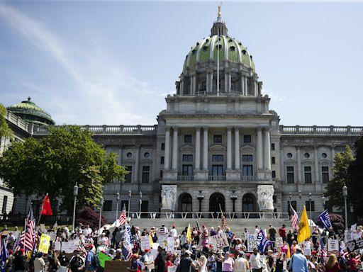 Pennsylvania Capitol Police detain protesters, including Philadelphia council member, outside Senate chamber