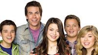 Miranda Cosgrove and More iCarly Stars Reunite at the 2021 Nickelodeon Kids' Choice Awards - E! Online