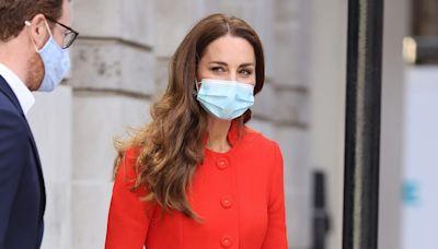 See the Secret Note Kate Middleton Left in Books Hidden Around London
