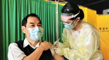 航空業染疫燒不停!桃機總經理率員工接種疫苗嚴守國門