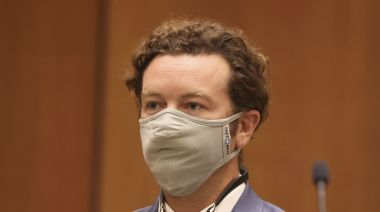 'That '70s Show' star Danny Masterson fails to get 3 rape charges tossed, new arraignment set