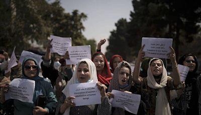 沒客戶上門 阿富汗首都婦女駕訓班關門