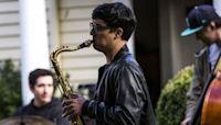 Ravenna twins treat neighbors to front-yard jazz sessions during coronavirus shutdown