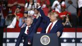 Trump takes a jab at SC Sen. Lindsey Graham in late night email blast