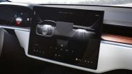 Tesla's touchscreen gear selector raises concerns in the auto industry