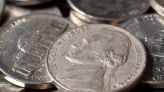 Silver slides back towards $25.00 as US bond yields bounce