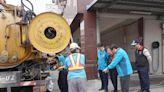 花蓮市確保防汛期排水順暢 展開清溝作業