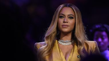 """Watch Beyoncé Sing """"When You Wish Upon a Star"""" as Tribute to Health Care Workers"""