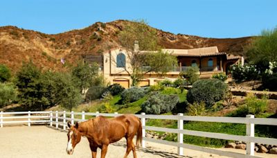 'Yellowstone' star Cole Hauser tries to corral a buyer for Agoura Hills horse ranch