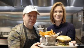 Celebrity Wahlberg brother visits Wahlburgers restaurant in Frisco