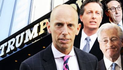 Trumpworld's Star Lawyers Exit as Storm Clouds Gather
