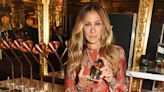 Australian Woman Suspects Sarah Jessica Parker's Perfume Caused Her Kangaroo Attack